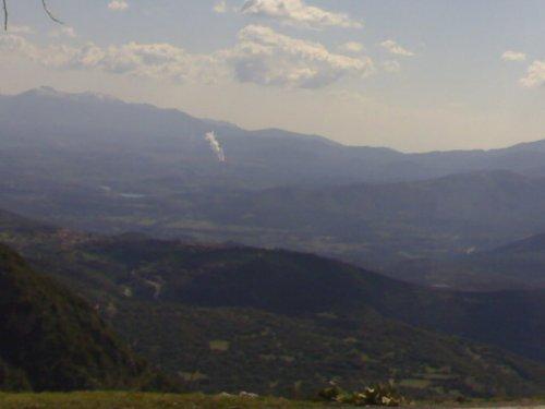 Το εργοστάσιο της ΔΕΗ στη Μεγαλόπολη απ' το Μαίναλο-Η μεγαλύτερη περιβαλλοντική απειλή της Πελοποννήσου
